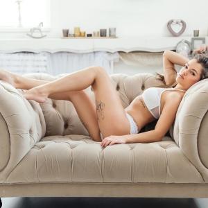 Modellfotó Magazin - Lora az ibizai csábító
