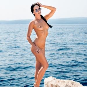 Isinka Luxova