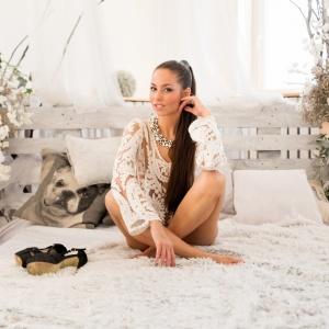 Modellfotó magazin - Bocsi Barbara fekete fehér I